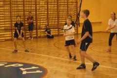 Szkolny Turniej piłki siatkowej klas VI - luty 2015